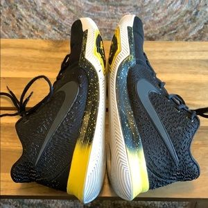 Nike Shoes - Nike Kyrie 3 Black Yellow
